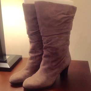 NATURLIZER Boots 10 Wide Calf Slouch Taupe Suede